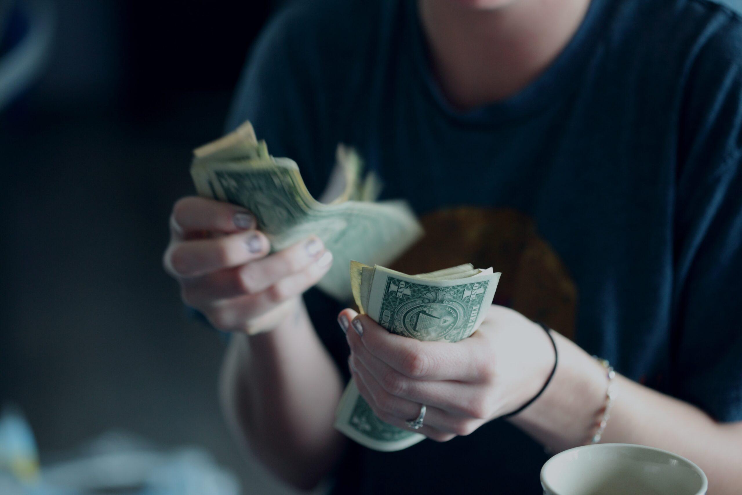 деньги богатство заработок